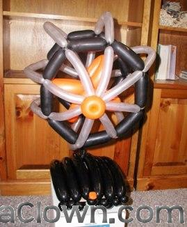 A working balloon fan